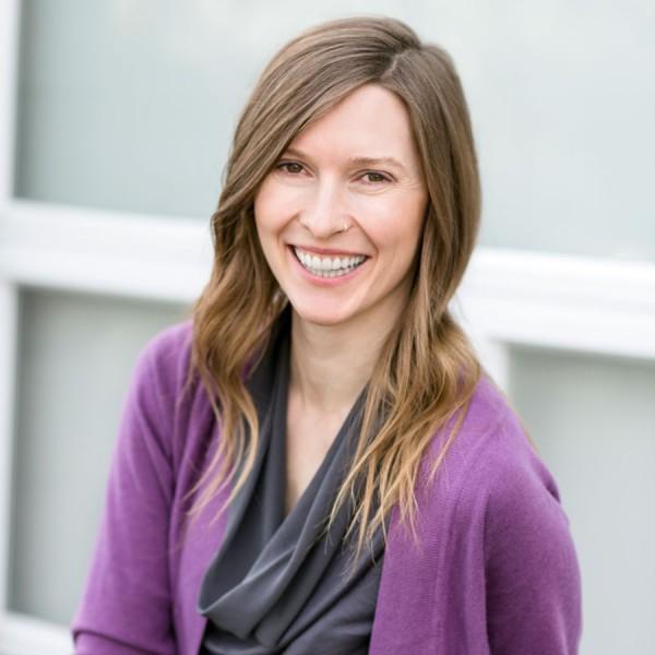 StephanieCroff_Contact_Profile-JenniferSkinner